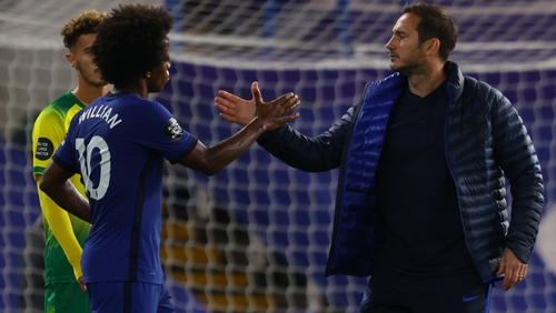 Frank Lampard gestures with midfielder Willian at the final whistle
