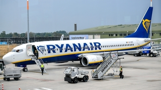 Ryanair would not close Cork operation if Govt changes quarantine rules