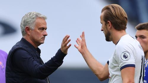 Mourinho congratulates Kane after his brace