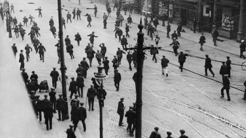 Clashes occur between unionist shipyard workers and striking republicans on York Street, Belfast in September 1920. Photo: Hulton Archive/Getty Images
