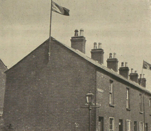 The tricolour flying over a house on the Kashmir Road in a Catholic area of Belfast Photo: Illustrated London News, 31 July 1920