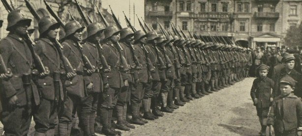 Polish troops of the Posen division Photo: Illustrated London News, 14 August 1920