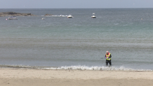 Swimming ban in place at west Clare beaches