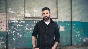 Mick Flannery: Everything I do, I do it for crew
