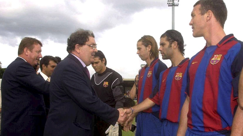 John Hume meeting Barcelona players prior to a friendly between Derry City and Barca at the Brandywell in 2003