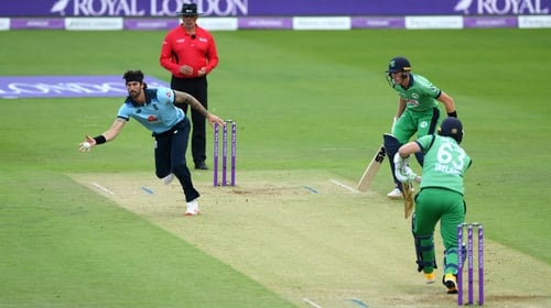 Ireland come good to defeat England in third ODI