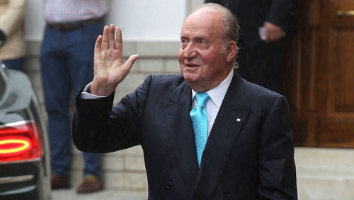 The royal palace has refused to reveal where Juan Carlos is living