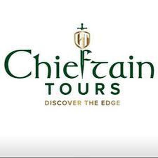 Briain Feda Ó Dónaill ón Chomhlacht úr Chieftain Tours.
