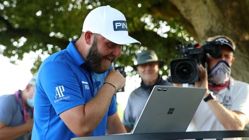 Andy Sullivan cards 64 to extend English Championship lead to 5