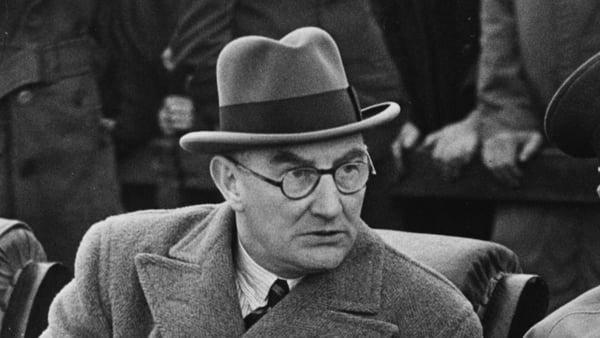 Oscar Traynor in 1953