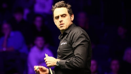 Ronnie O'Sullivan is closing on his sixth World Championship title