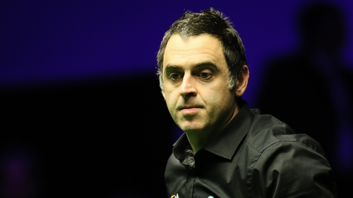 Ronnie O'Sullivan was unhappy with spectators moving around during a frame