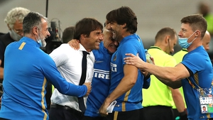 Antonio Conte celebrates Inter's resounding victory with back-room staff