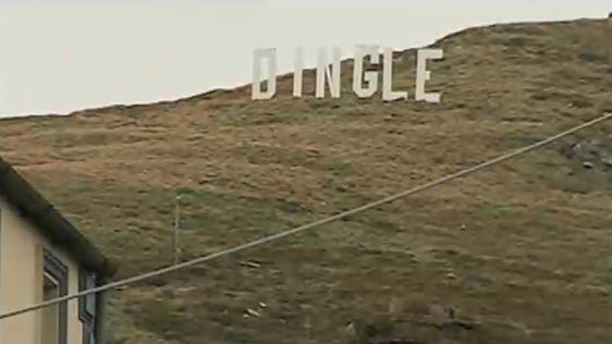 Giant Dingle sign in 2005.