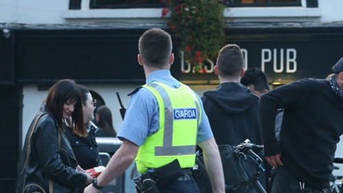 The Cabinet agreed gardaí should be able to close pubs disregarding public health guidelines (Pic: RollingNews.ie)
