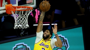 Anthony Davis was on fire for the Lakers