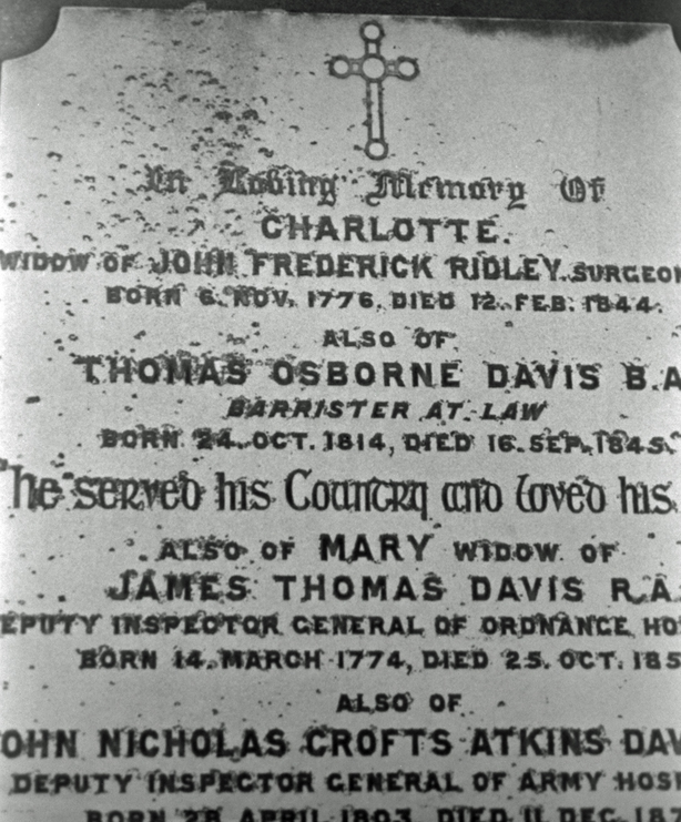 Thomas Davis Gravestone