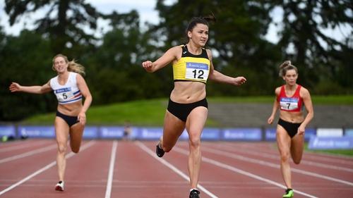 Phil Healy winning her 200m race