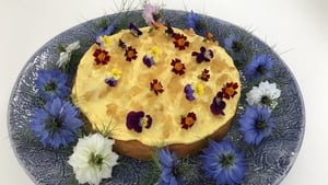 This is a cake to be eaten at any time of the day with tea or coffee and also as a dessert cake after lunch or dinner.
