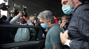 Jorge Messi (C) arriving at El Prat Airport in Barcelona today