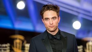 Robert Pattinson will star as Bruce Wayne