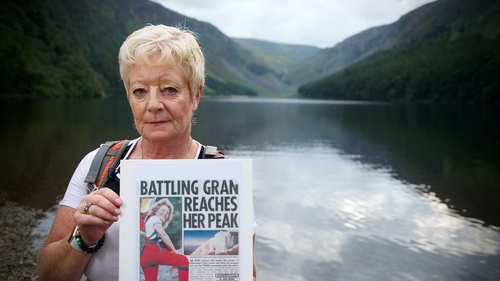 Siobhán Cullen with a photo of her mountain-climbing mum Eileen.