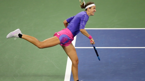 Victoria Azarenka en route to securing a place in the quarter-finals