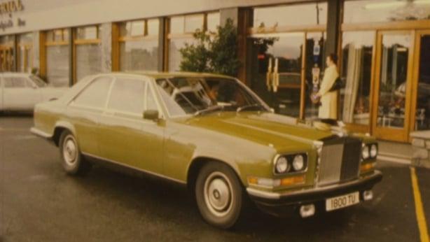 Rolls Royce outside the Montrose Hotel in Donnybrook (1975)