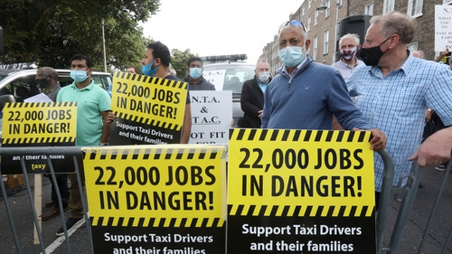 Up to 1,500 drivers took part in the biggest demonstration in Dublin