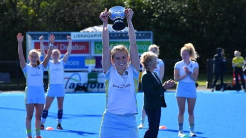 UCD captain Ellen Curran lifts the cup