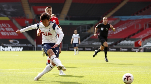 Heung-minSon helped Tottenham Hotspur to a clear victory