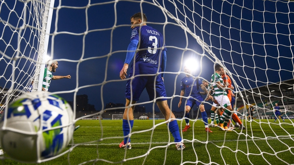 The first game of the new agreement between the FAI and RTÉ will be the President's Cup final between Shamrock Rovers v Dundalk on watchloi.ie on Friday, 12 March, with kick-off at 7.45pm