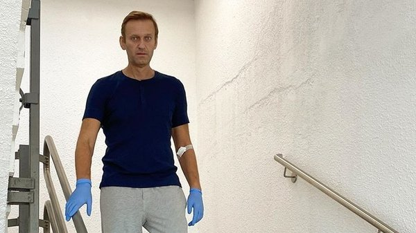 A recent photograph of Alexei Navalny in hospital in Berlin, Germany