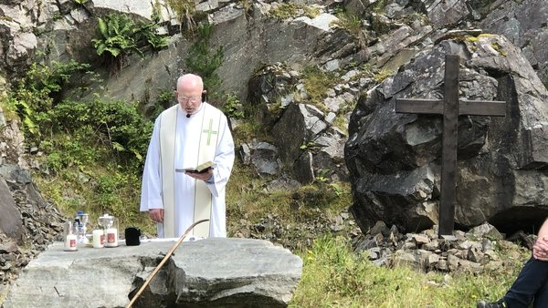 Fr La Flynn moved to the island for the summer and has also invited people to join him in prayer online