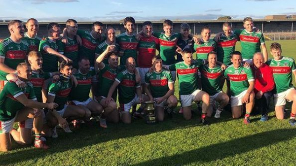 Kilmurry-Ibrickane celebrate with the trophy. Pic: @kilmurryibrickanegaaclub