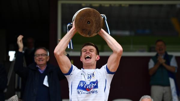 t Loman's Mullingar captain John Heslin lifts the trophy