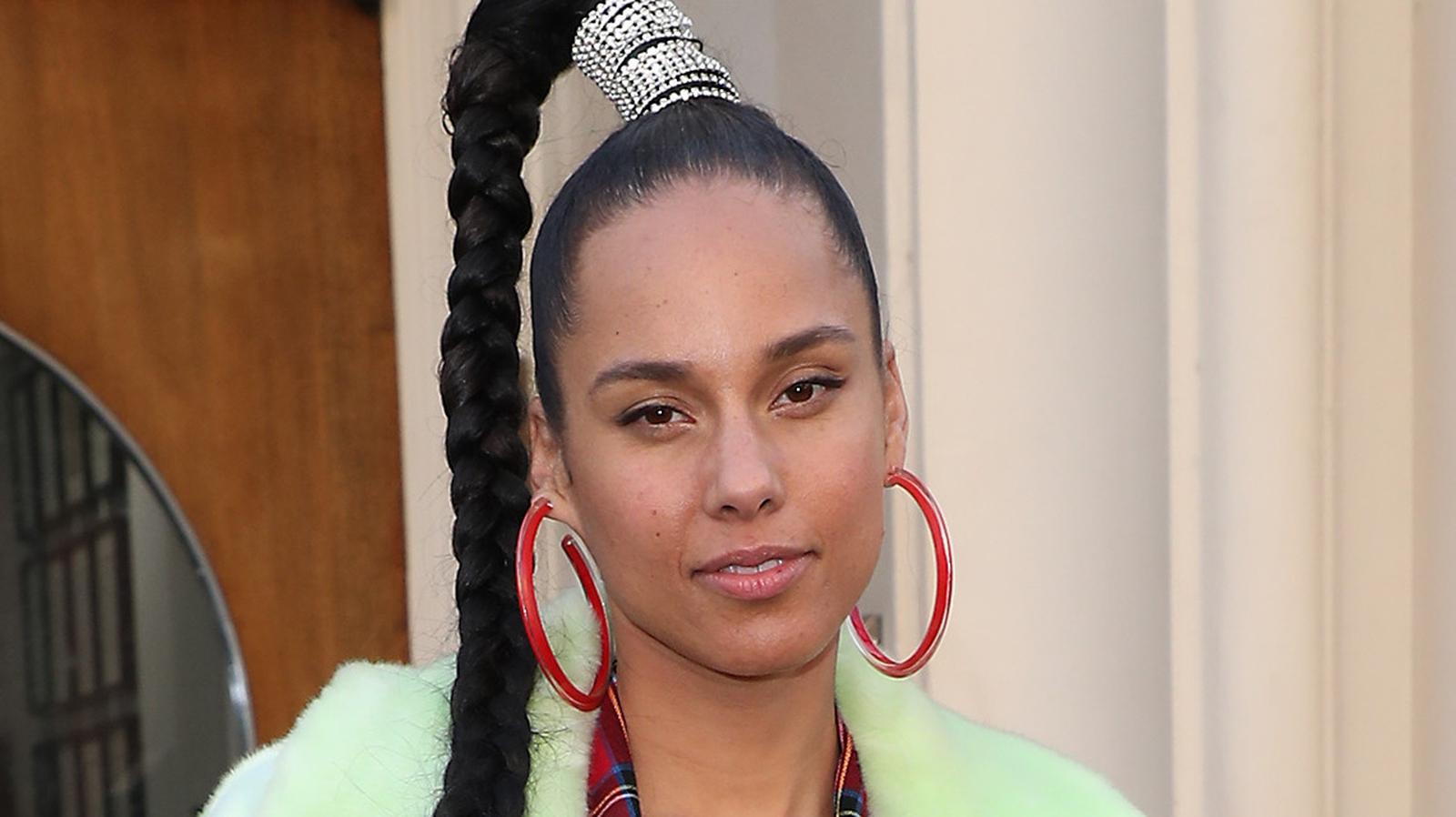 Alicia Keys Says No Justice For Breonna Taylor Lyrics to 'nobody else' by alicia keys. alicia keys says no justice for