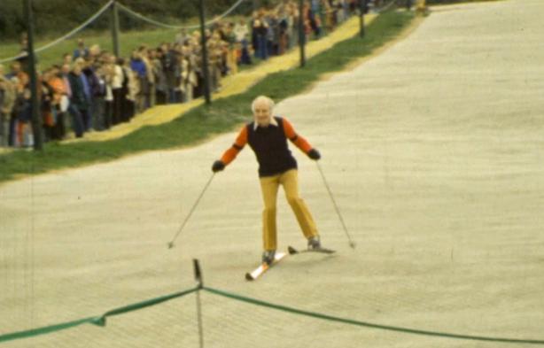 Sir Basil Goulding takes to the slopes at Kilternan (1975)