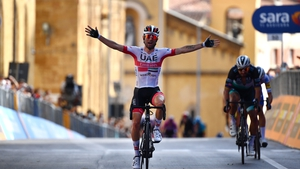 Diego Ulissi crossing the line to win