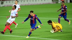 Philippe Coutinho (C) scored the Barcelona goal