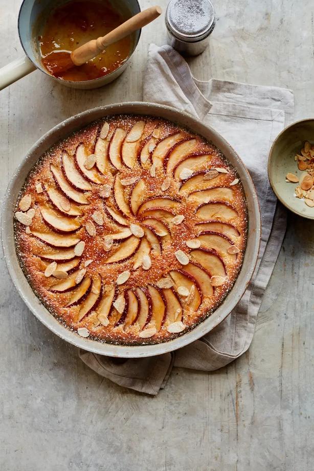 Mary Berry s brioche frangipane apple pudding Laura EdwardsPA