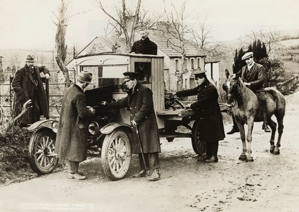 Lorry being searched at the border