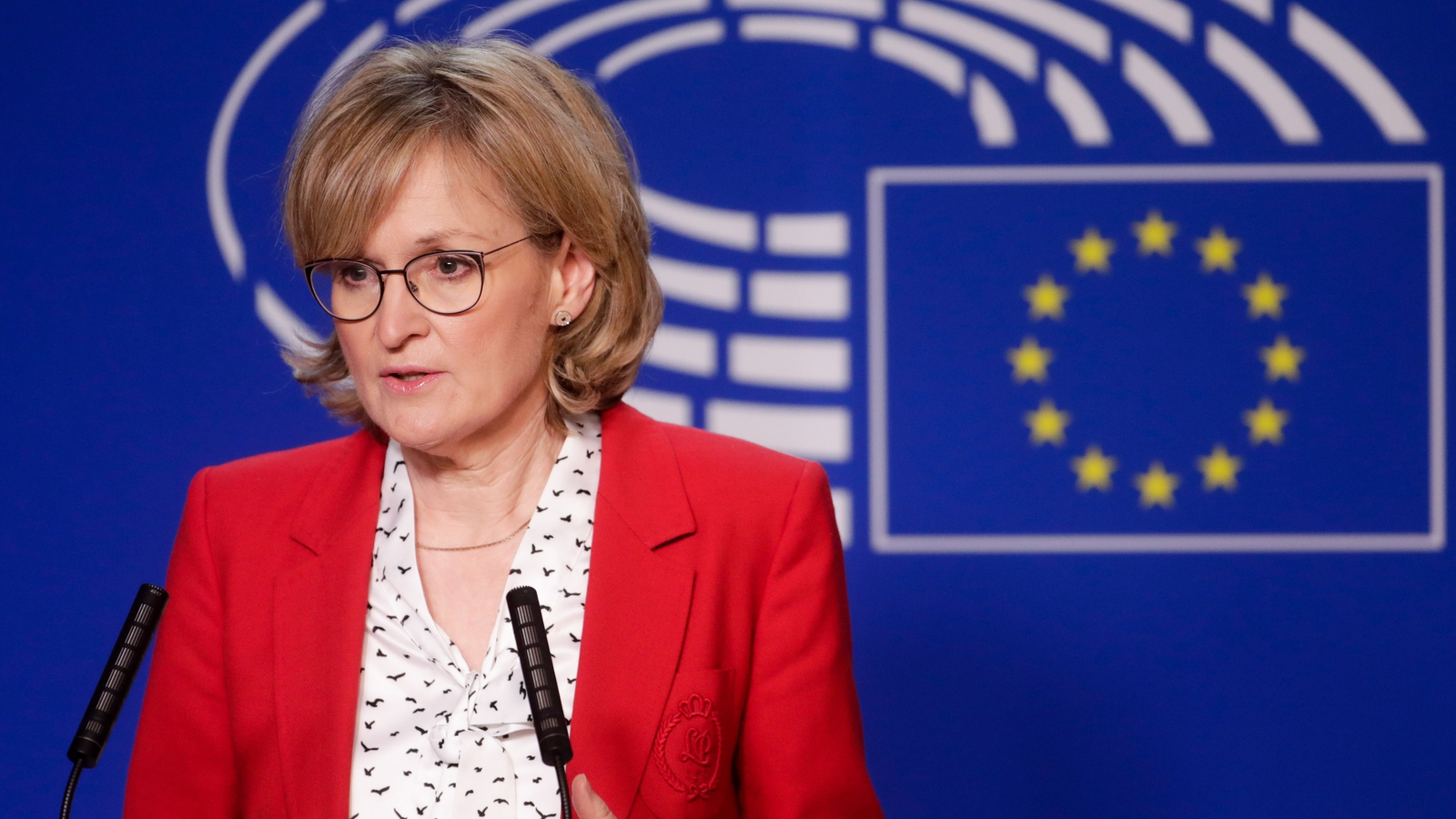EU 'won't let Ireland be singled out' in Protocol row