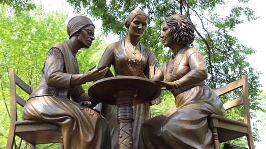 Monumental Women