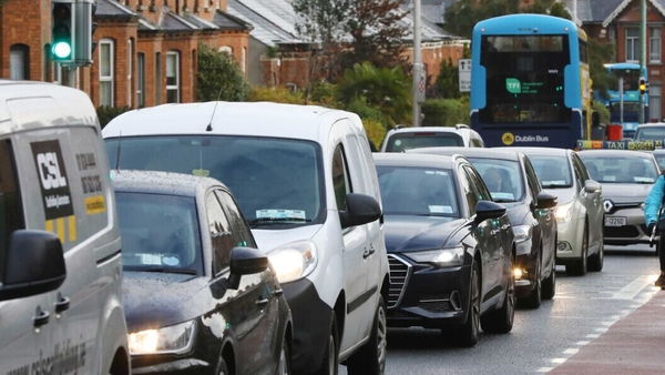 The OECD report also calls for the Government to consider congestion charges particularly in the greater Dublin area and address the issue of parking subsidies in the form of free workplace parking