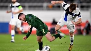 Aaron Connolly in action against Paulus Arajuuri
