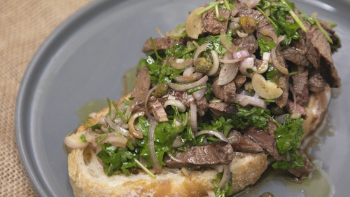 Paul Flynn's steak trencher, parsley, capers and shallots