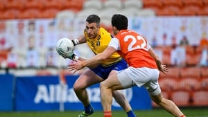 Cathal Cregg of Roscommon in action against James Morgan