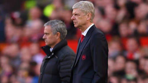 Jose Mourinho (L) and Arsene Wenger back in 2016