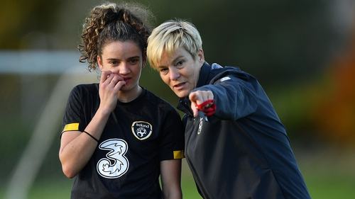 Vera Pauw (R) with Leanne Kiernan